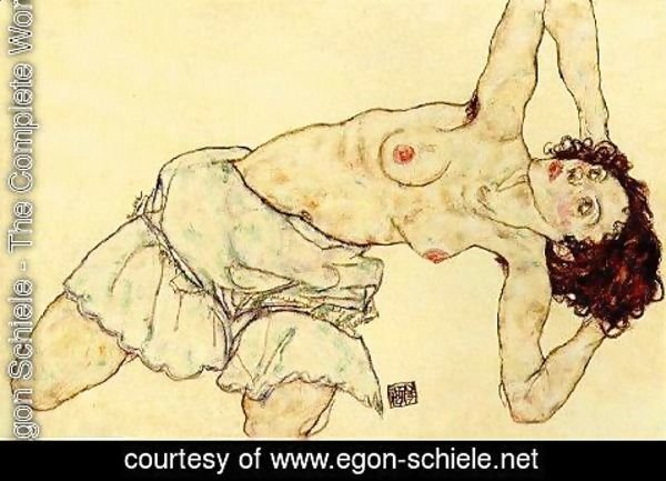Egon Schiele - Nude woman with a skirt